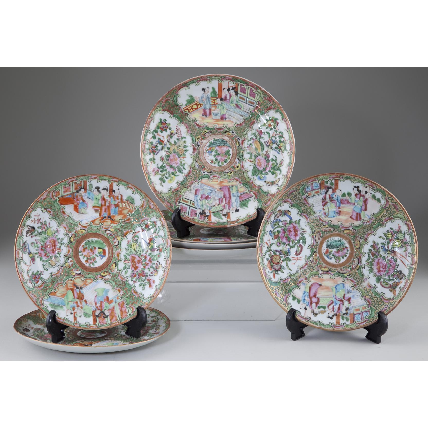 chinese-export-porcelain-rose-medallion-plates