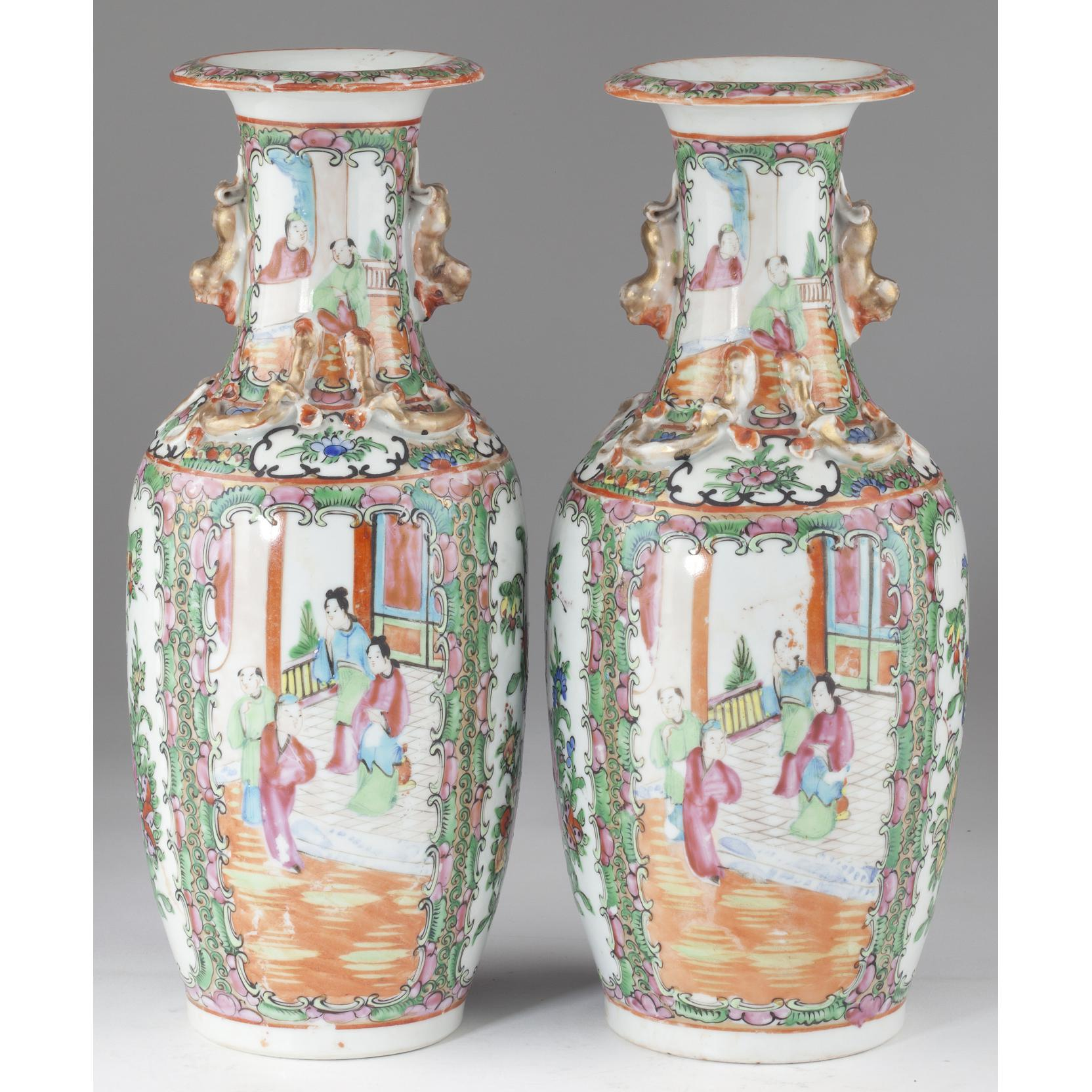 pair-of-chinese-export-rose-medallion-vases