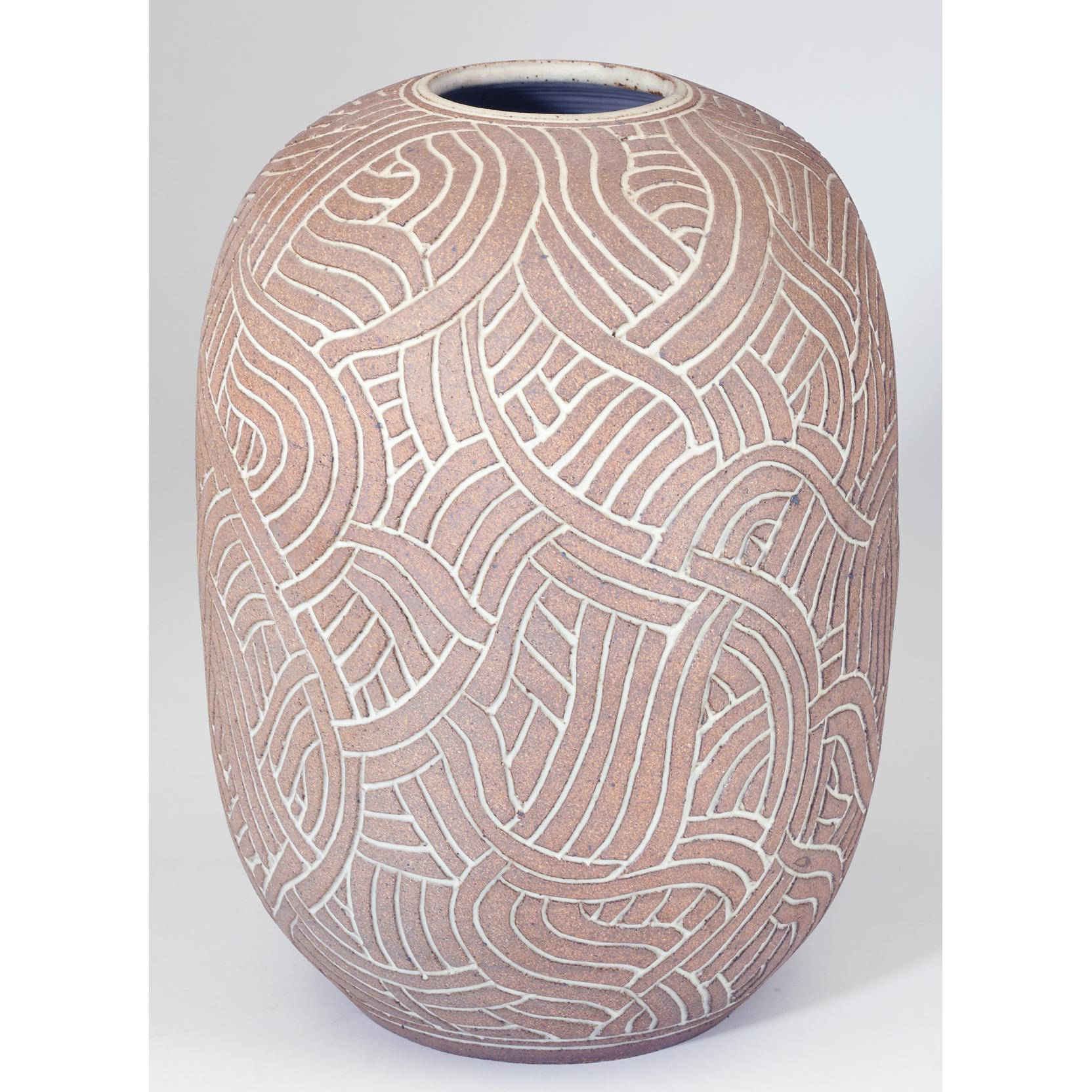 joe-lindgren-incised-ceramic-vessel