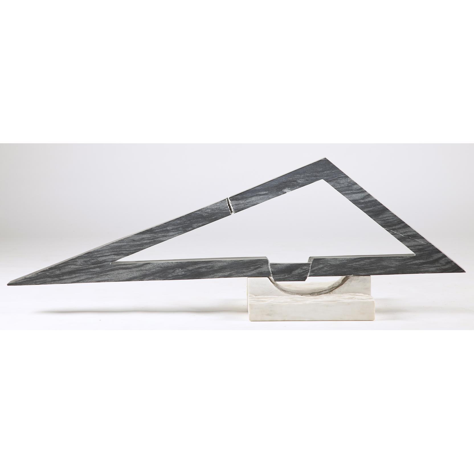 be-gardiner-nc-geometric-stone-sculpture