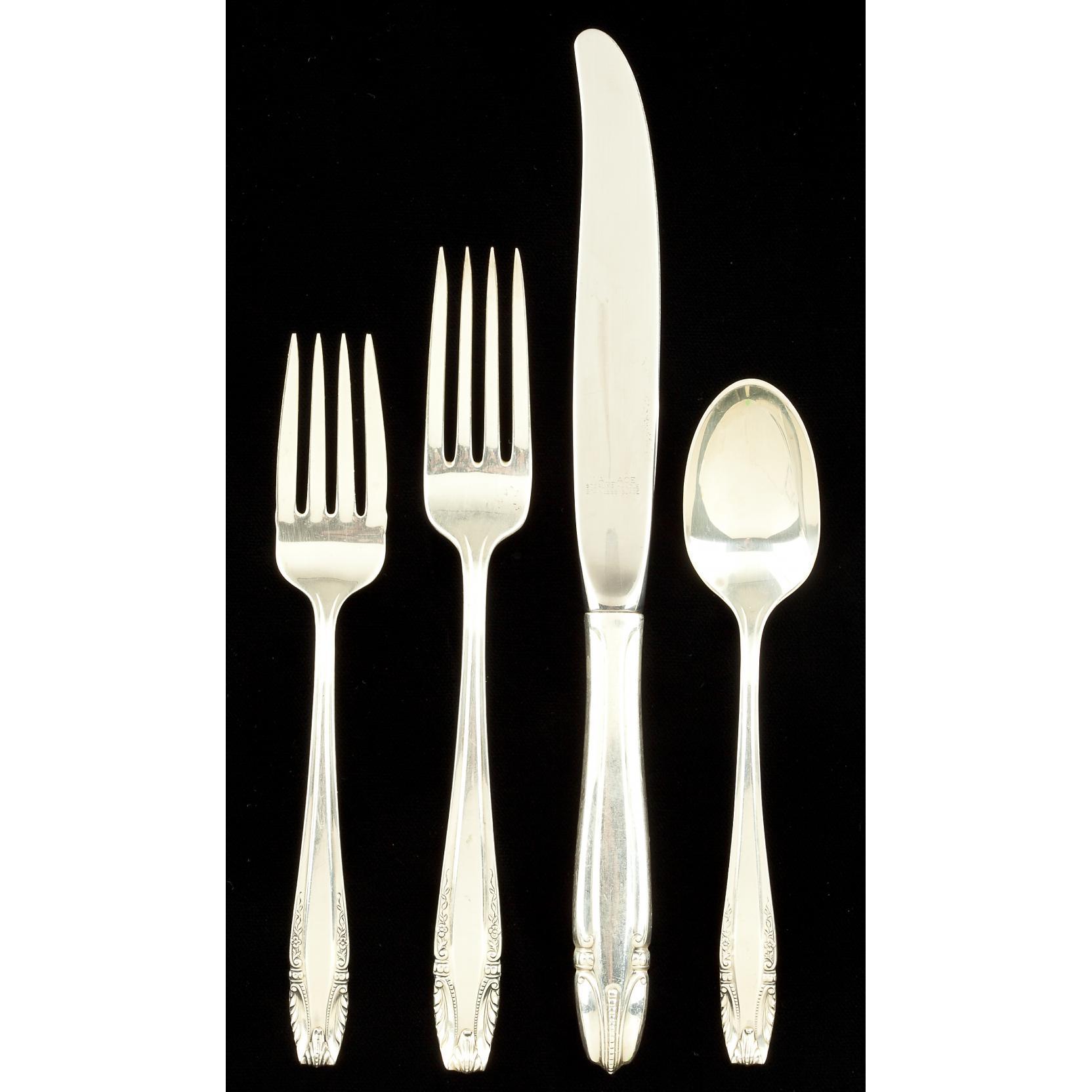 wallace-stradivari-sterling-silver-flatware