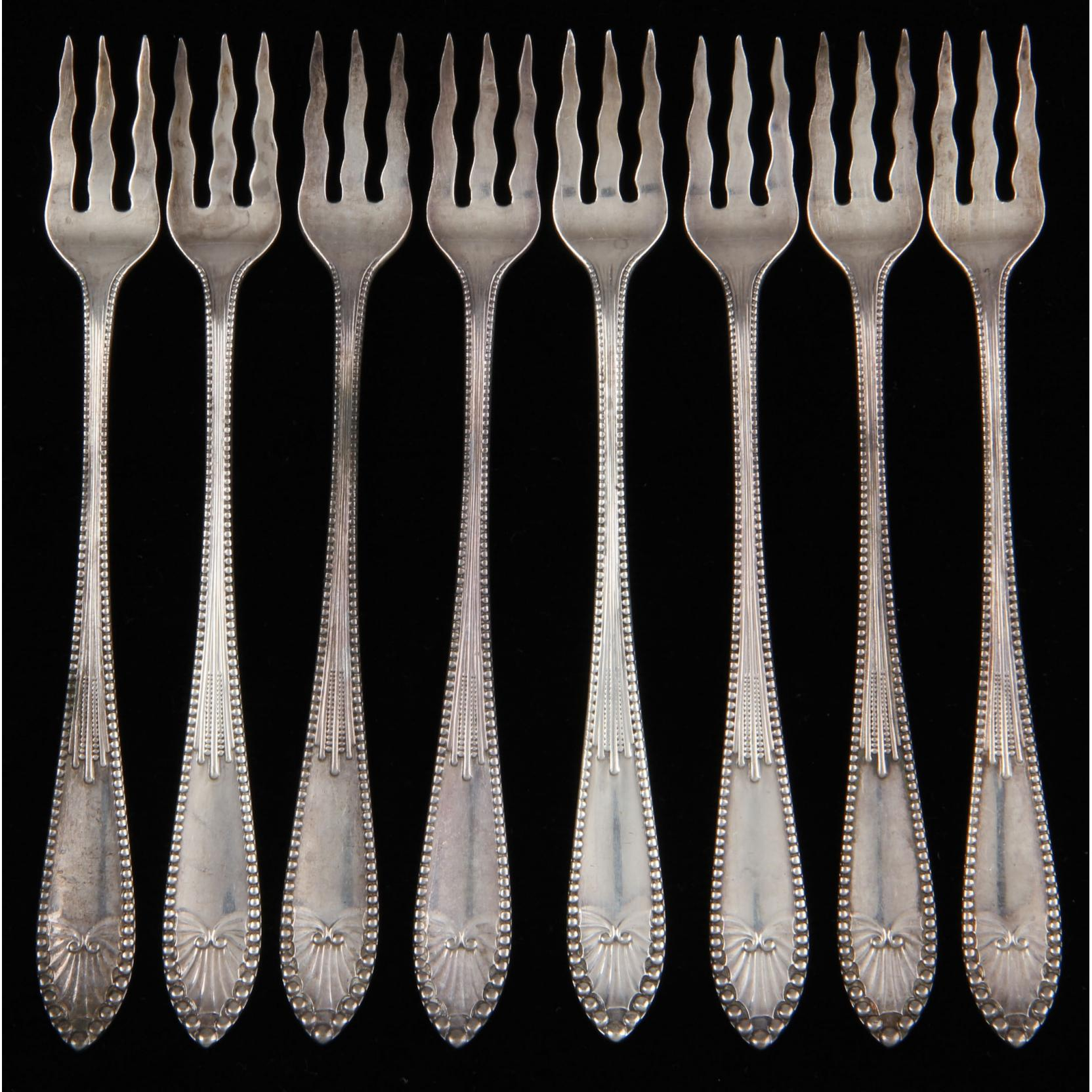 set-of-8-gorham-chippendale-sterling-silver-cocktail-seafood-forks