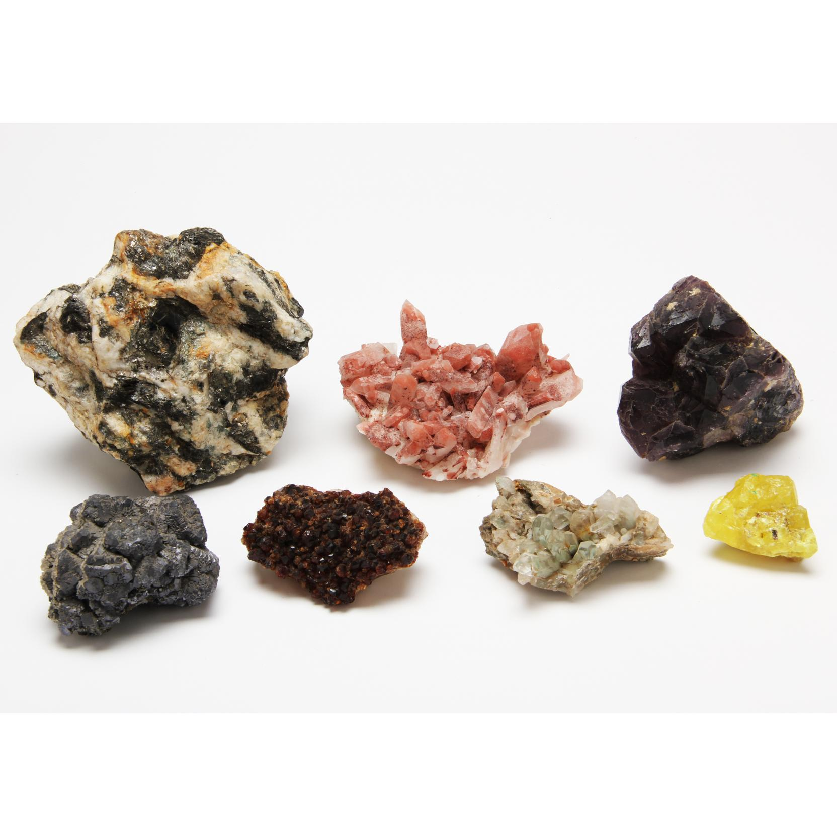 diverse-grouping-of-seven-minerals