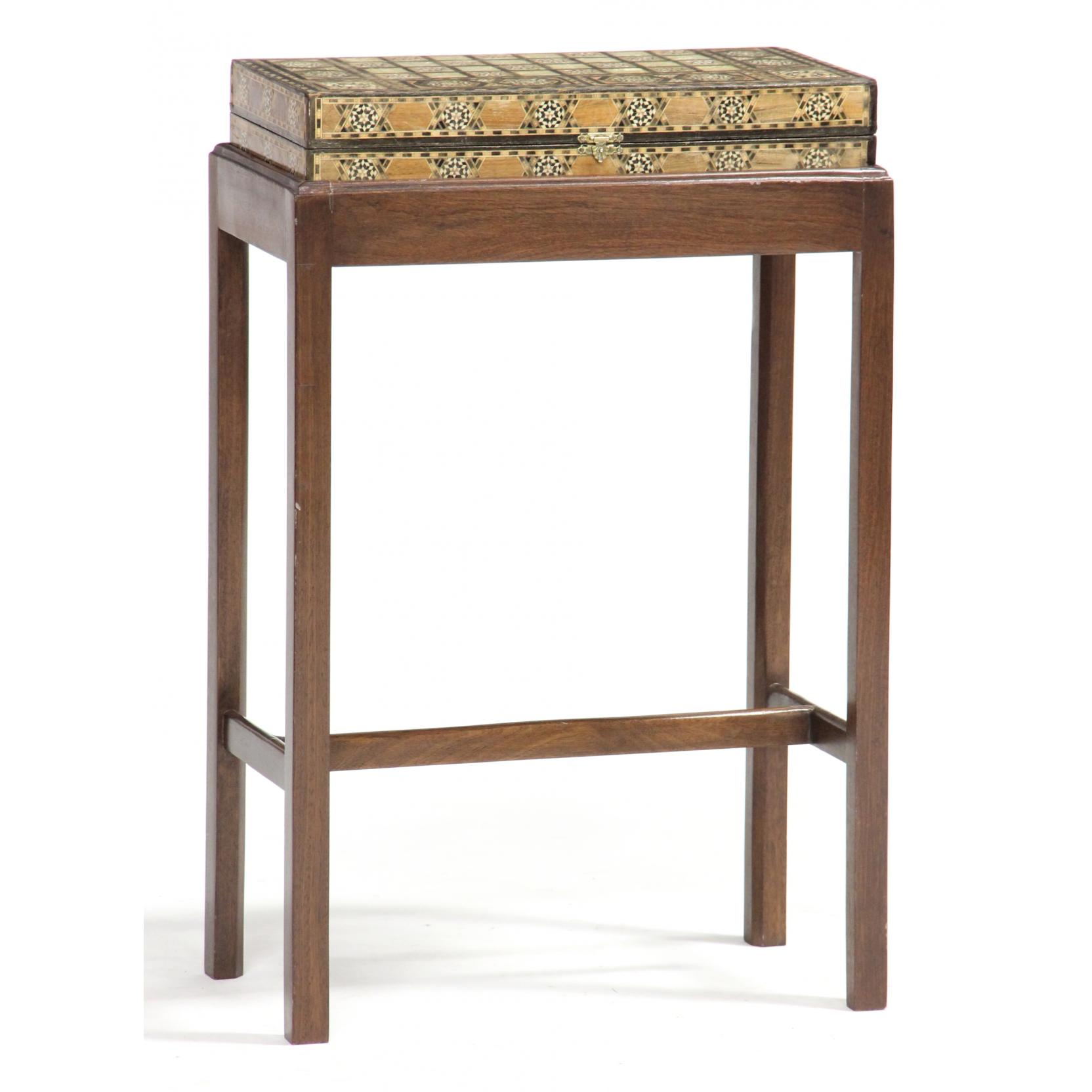 marquetry-inlaid-game-box-on-stand