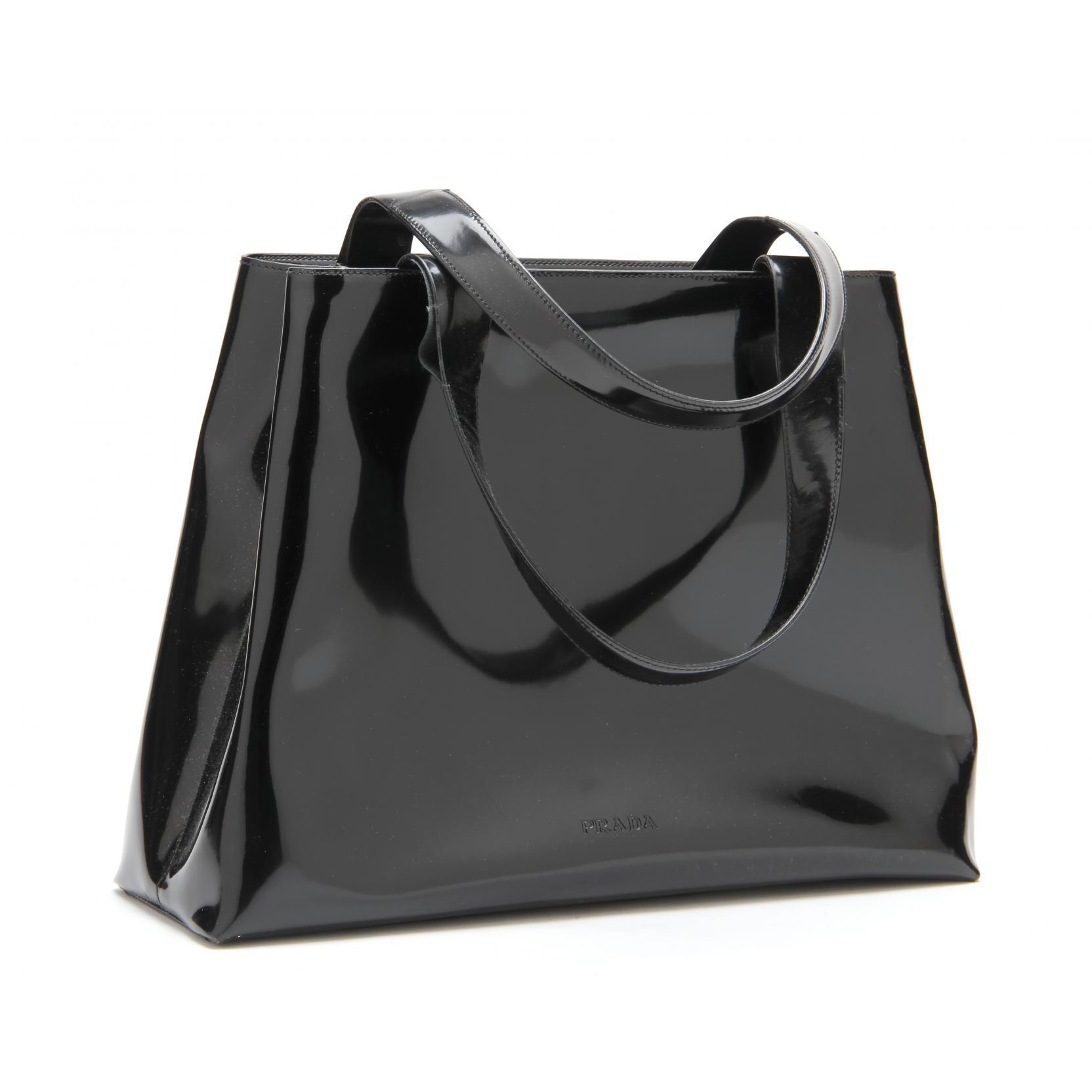 black-patent-leather-tote-prada
