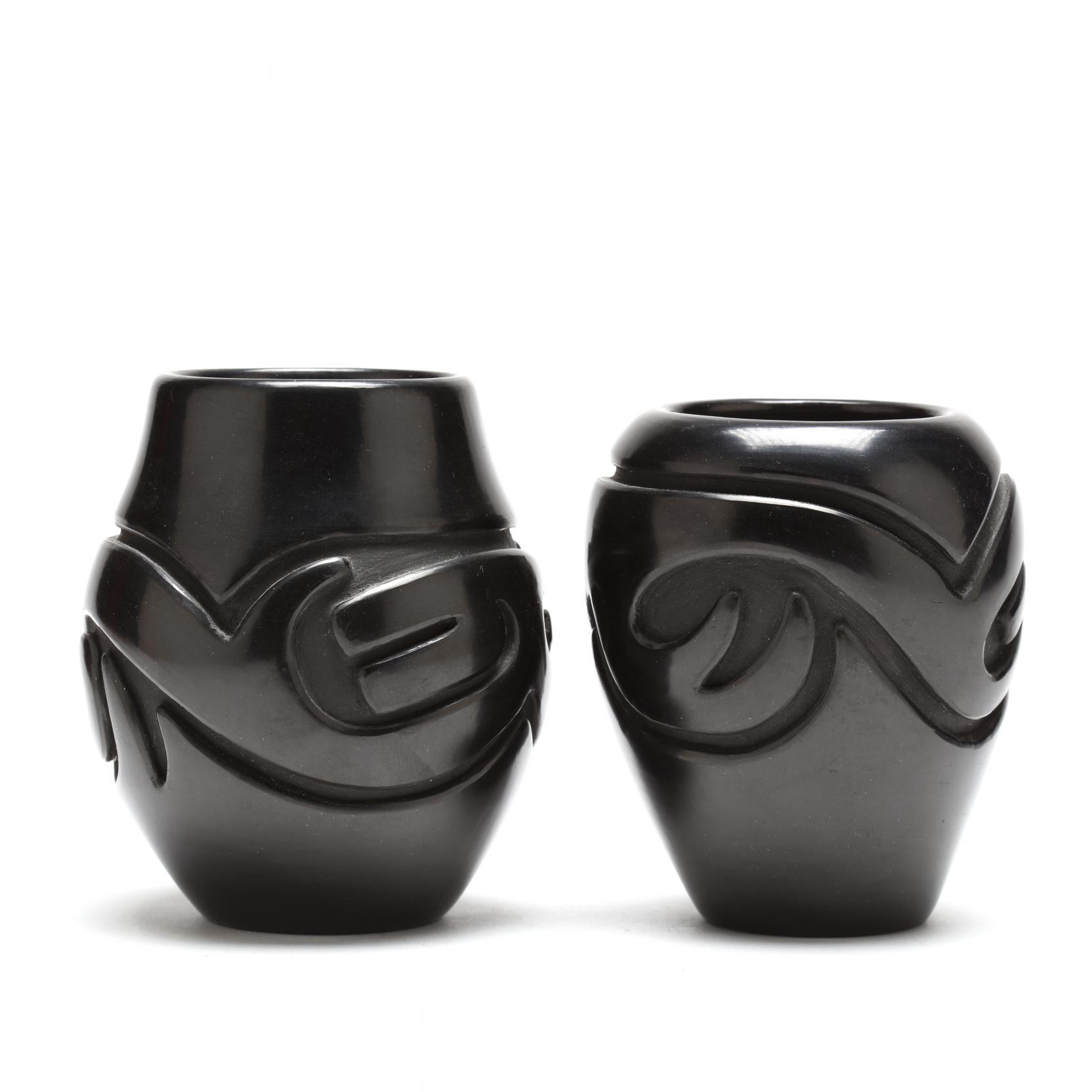 two-santa-clara-vases-by-stella-chavarria