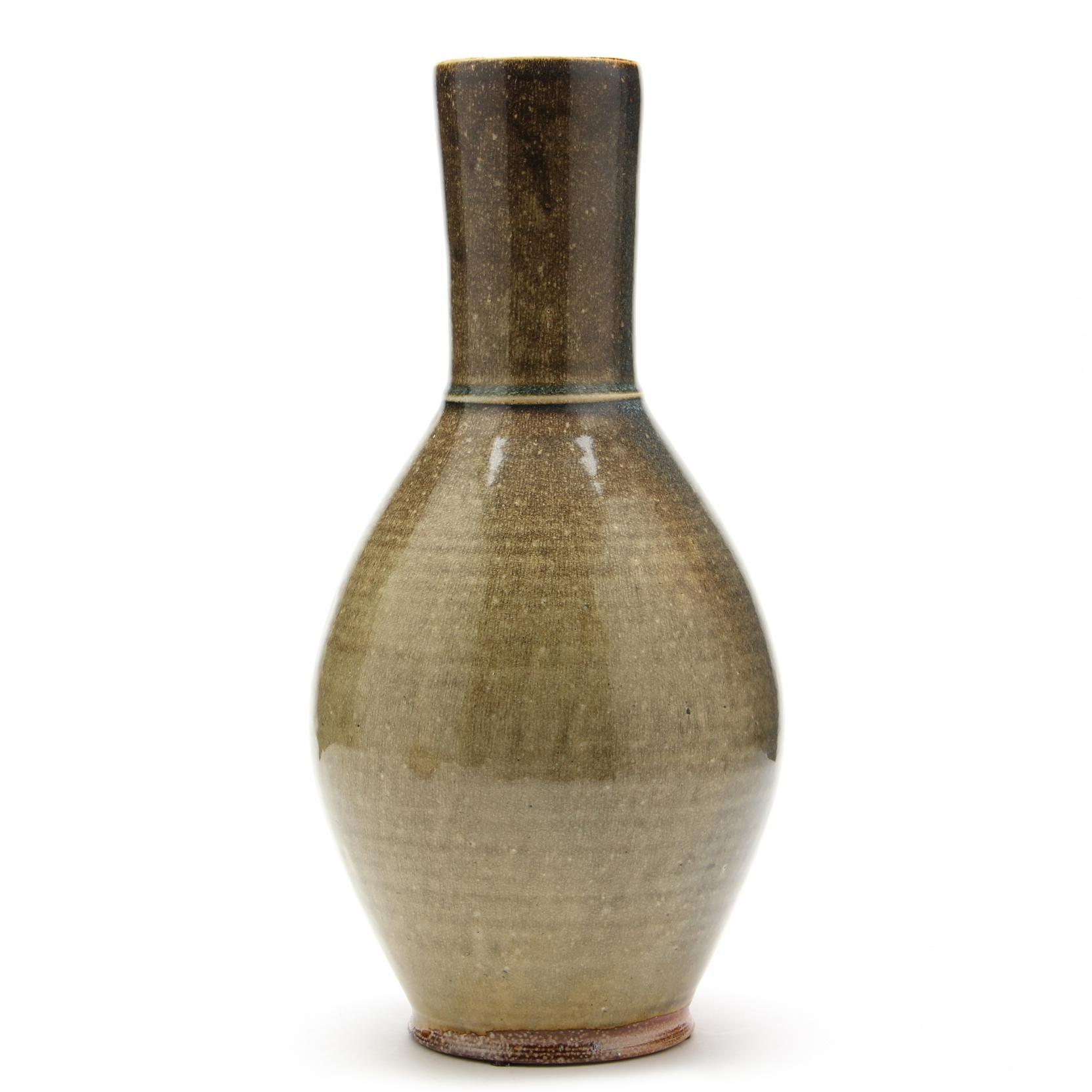 mark-hewitt-bottle-vase