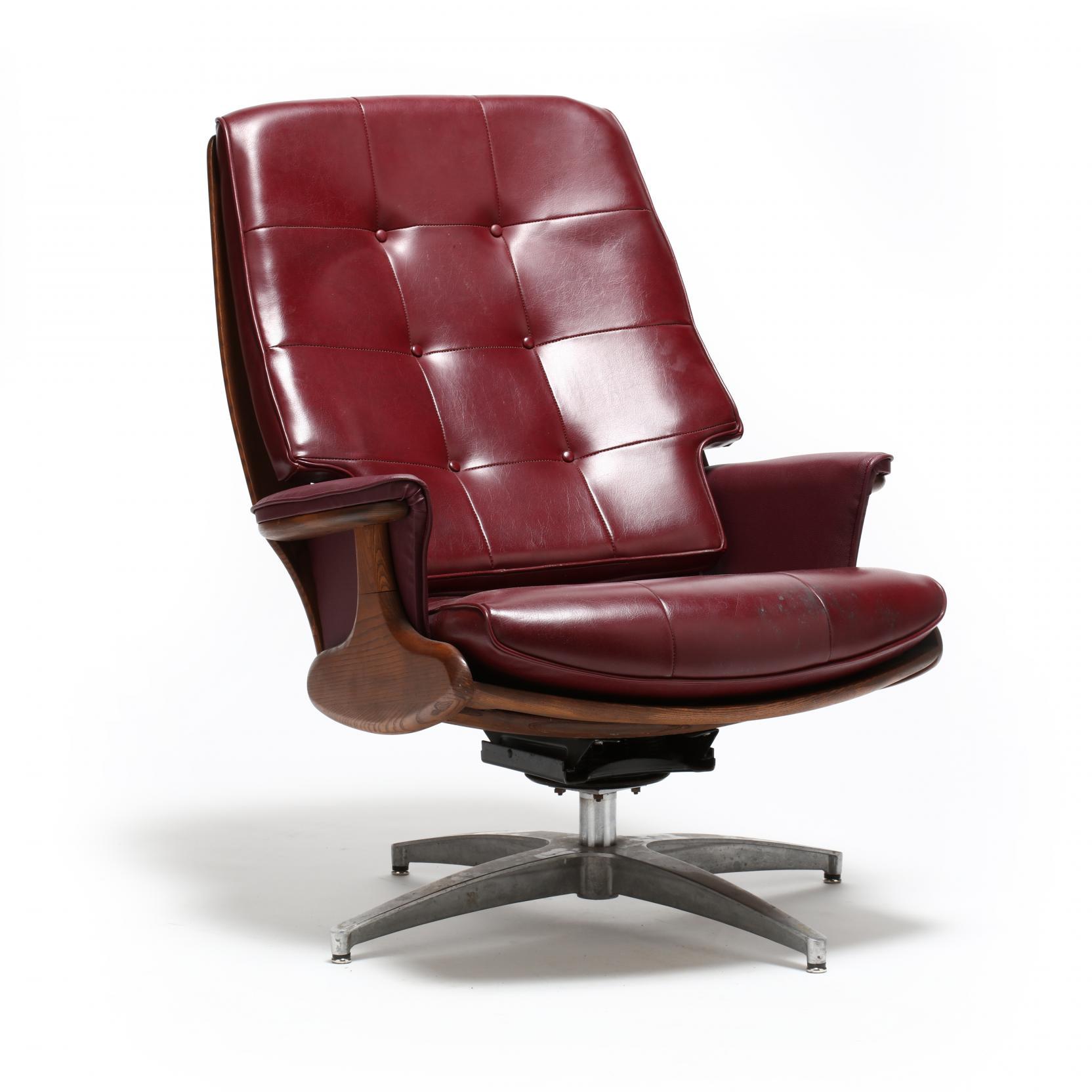 heywood-wakefield-swivel-lounge-chair