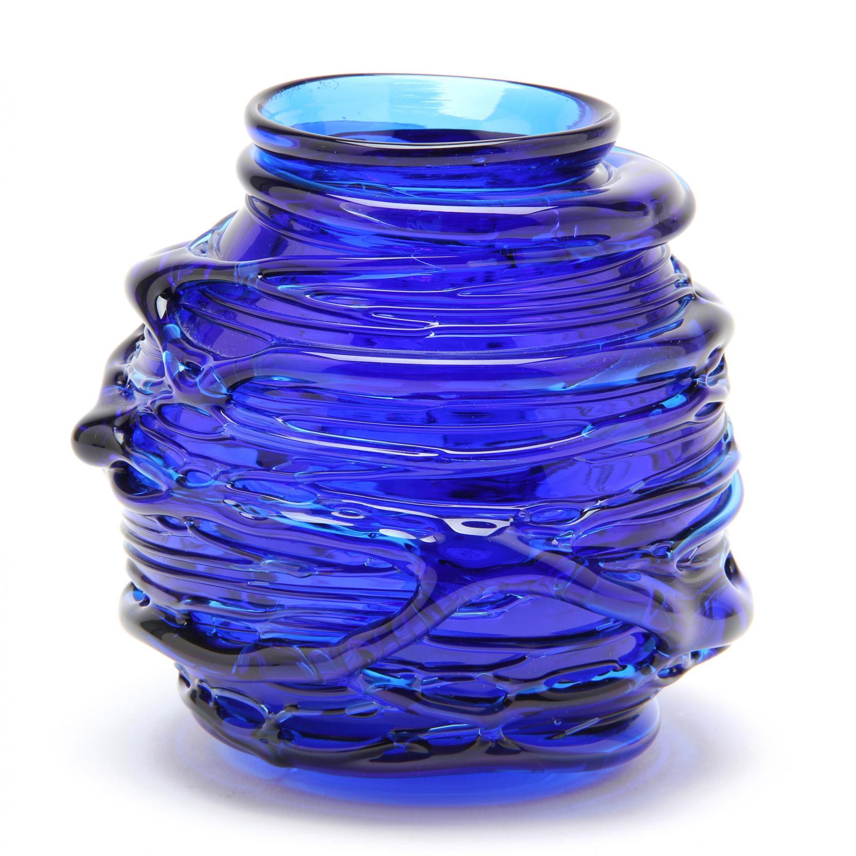 RICHARD HARKNESS New Hampshire Studio Art GLASS Blue Lily Pad Vase 7\u201d unsigned