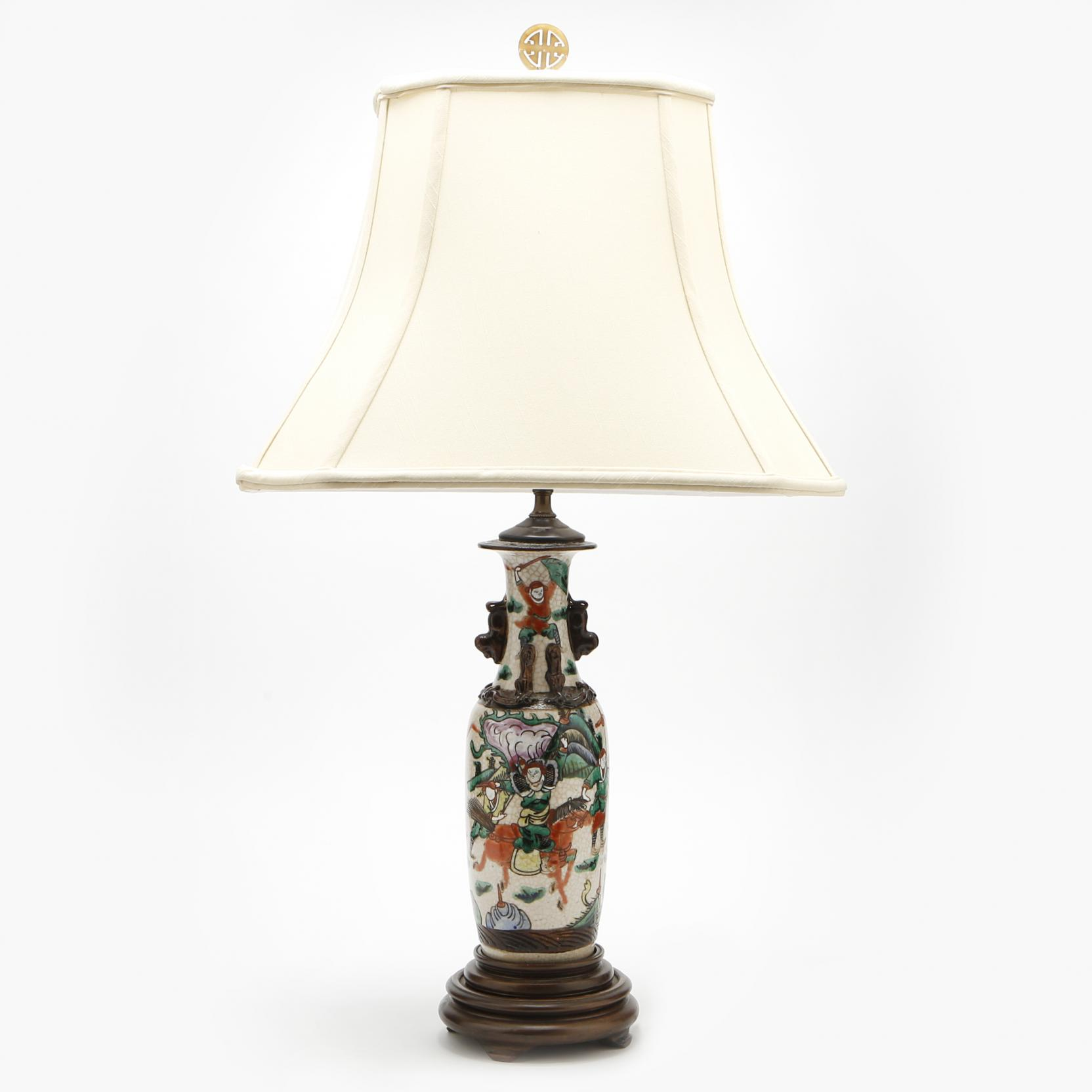 a-chinese-export-table-lamp