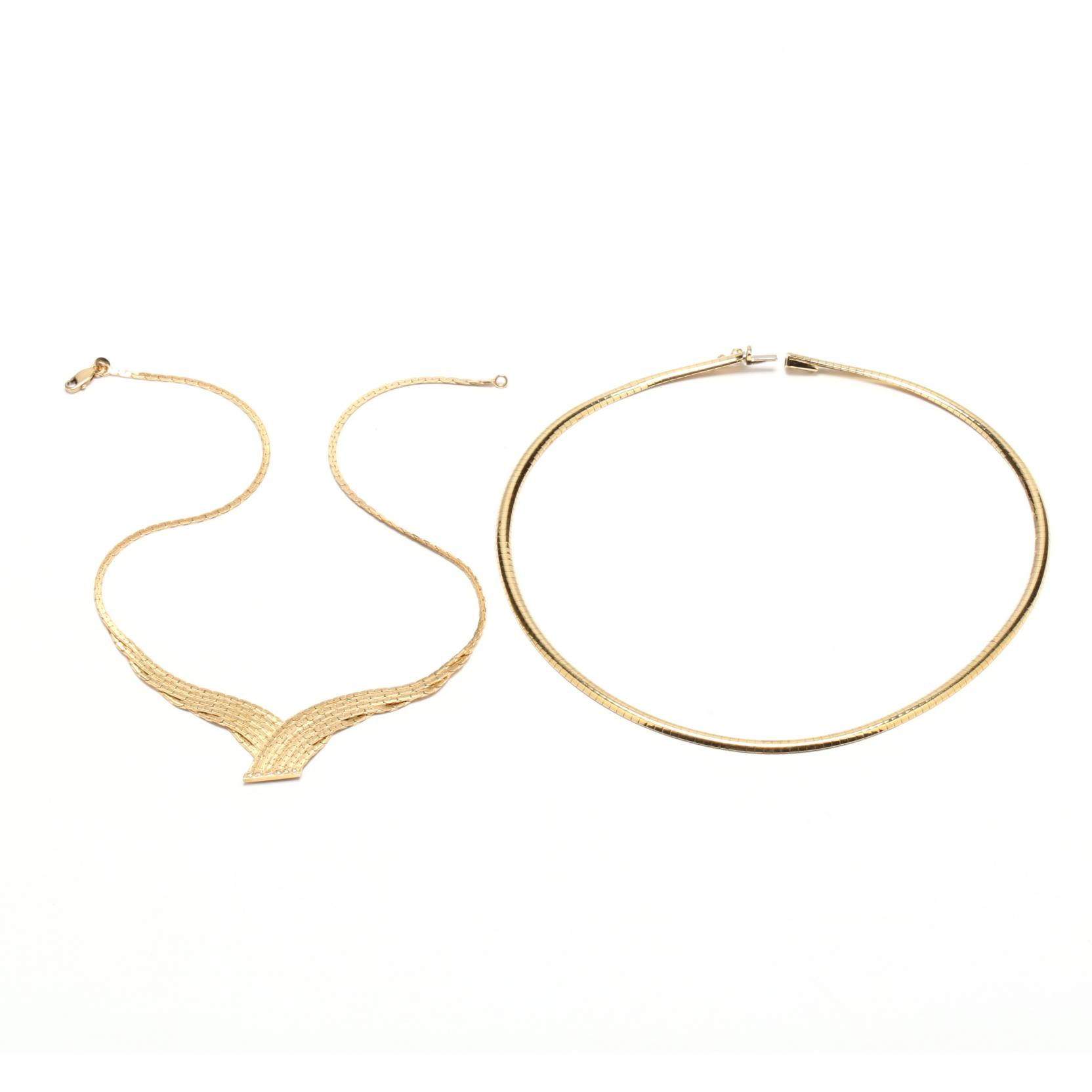 two-gold-necklaces-italy