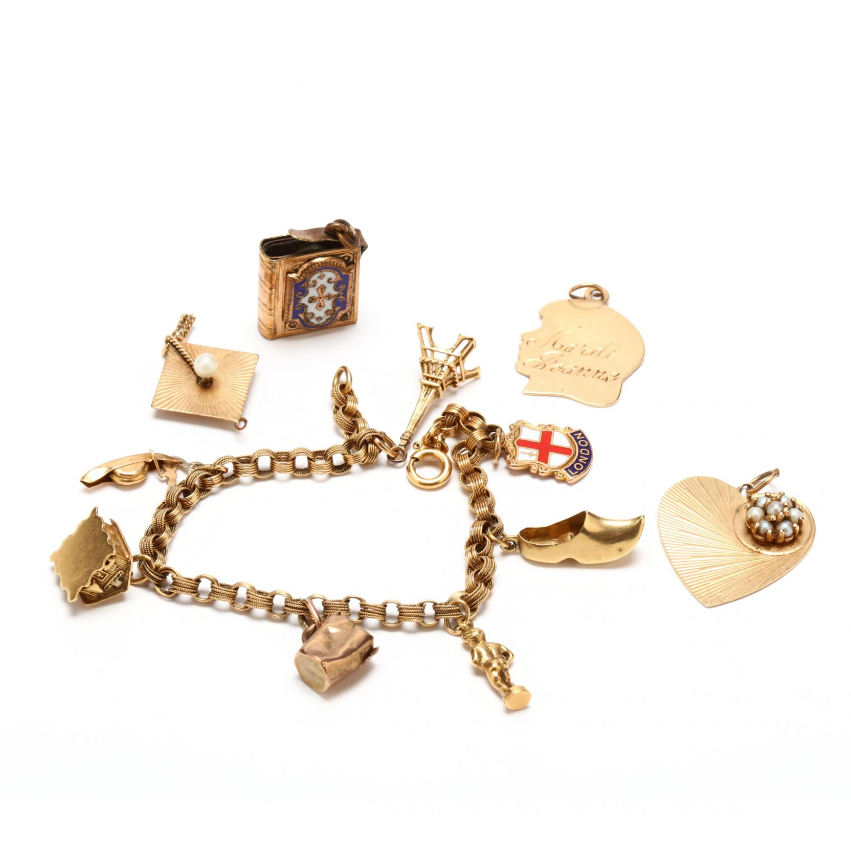 18kt-gold-charm-bracelet-with-charms