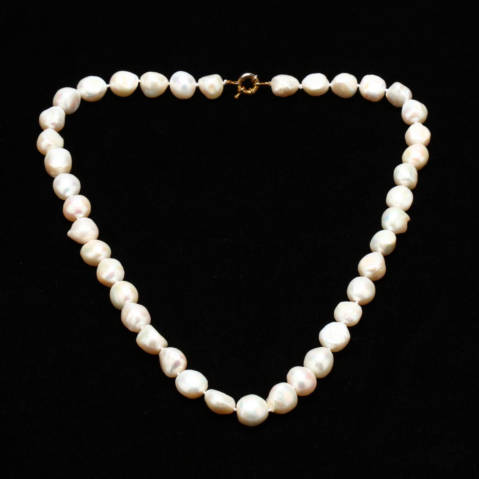 baroque-pearl-necklace