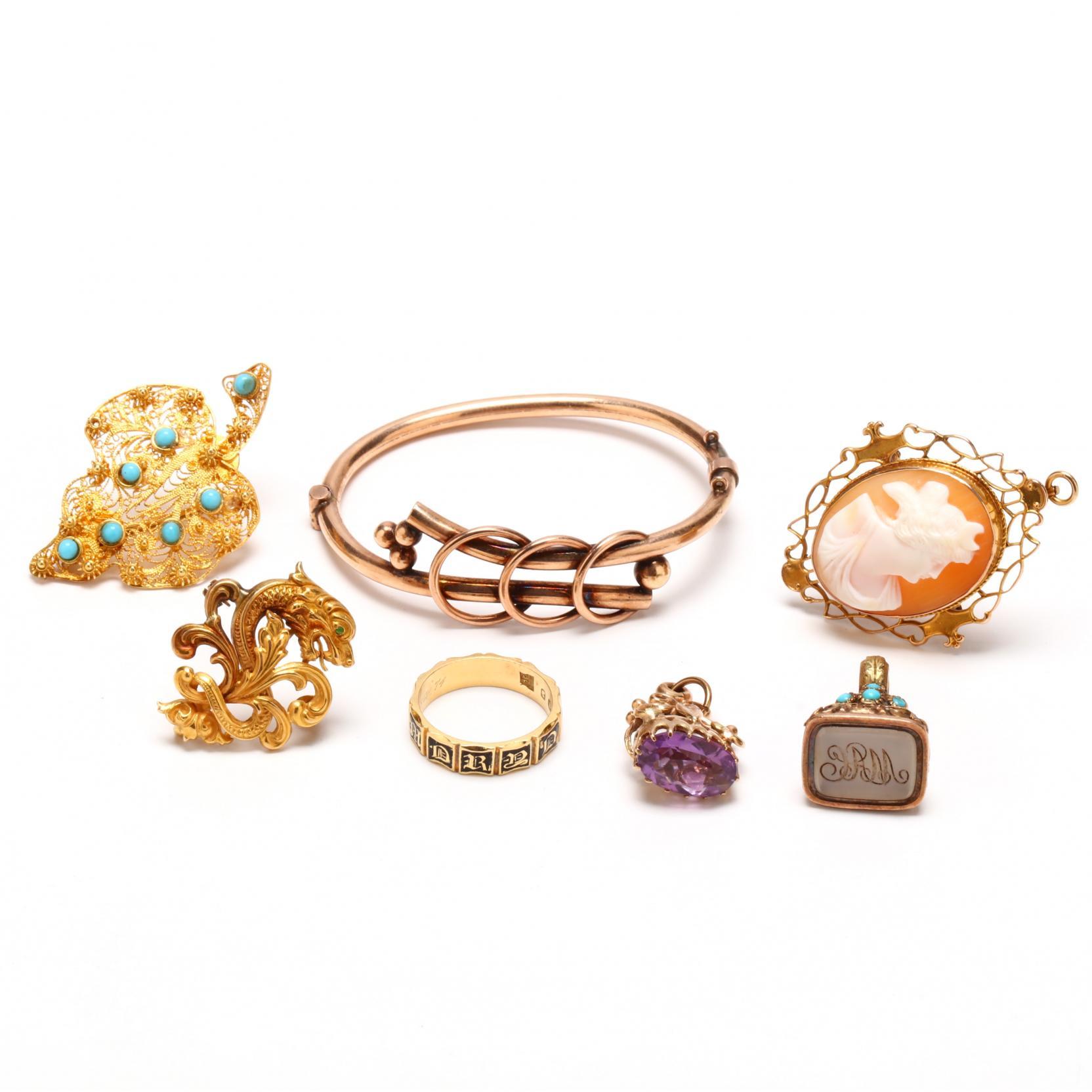 seven-antique-jewelry-items