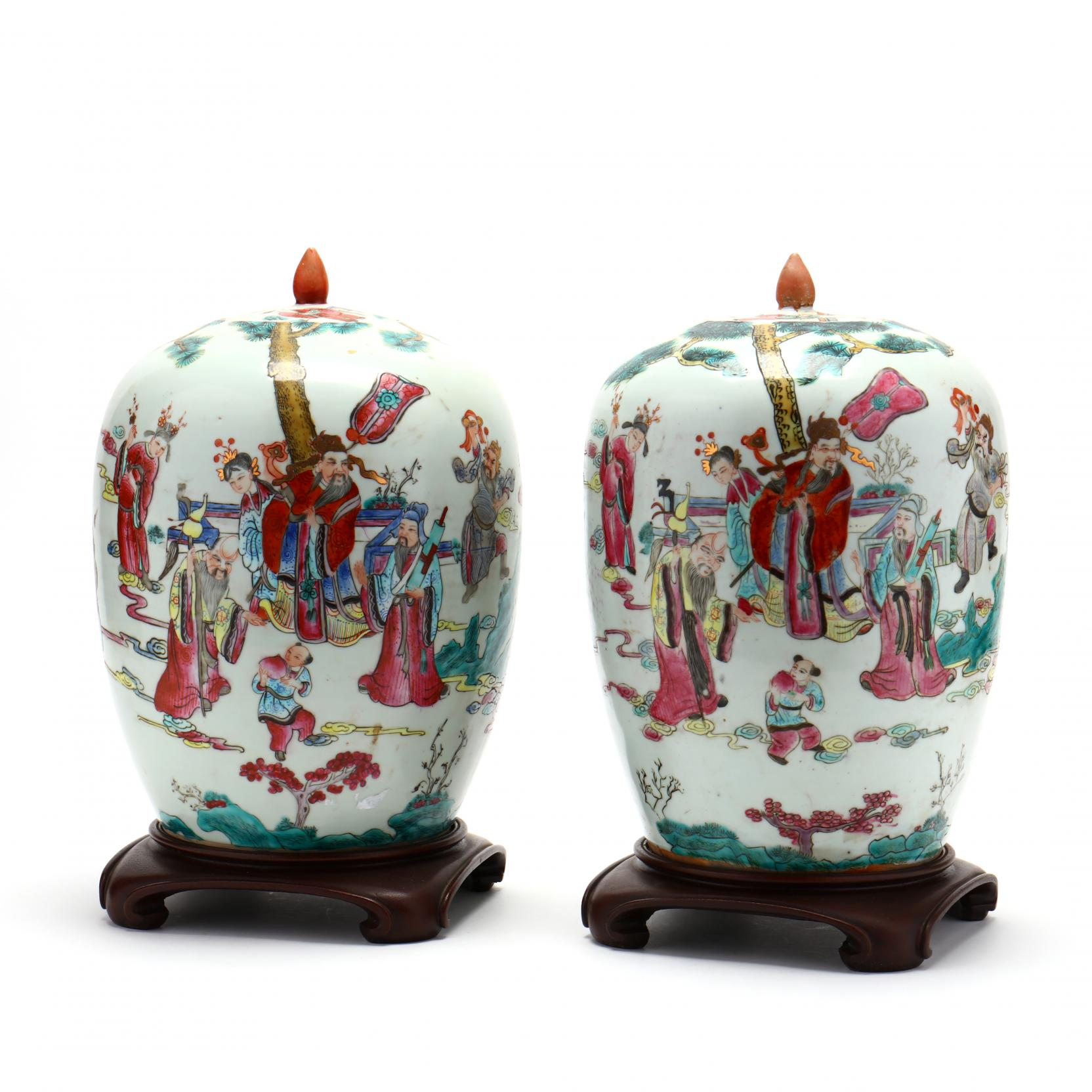 pair-of-chinese-export-porcelain-lidded-jars