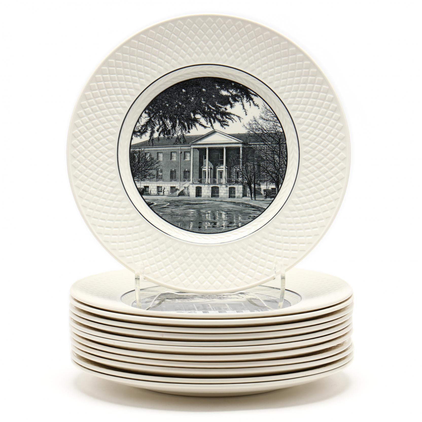 a-set-of-12-spode-s-mansard-nc-commemorative-plates