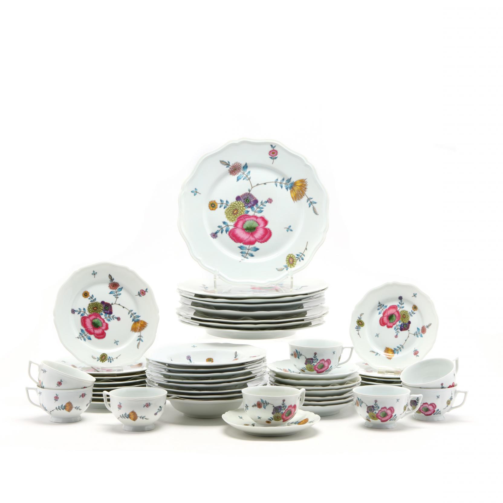 ceralene-limoges-anemones-dinner-service