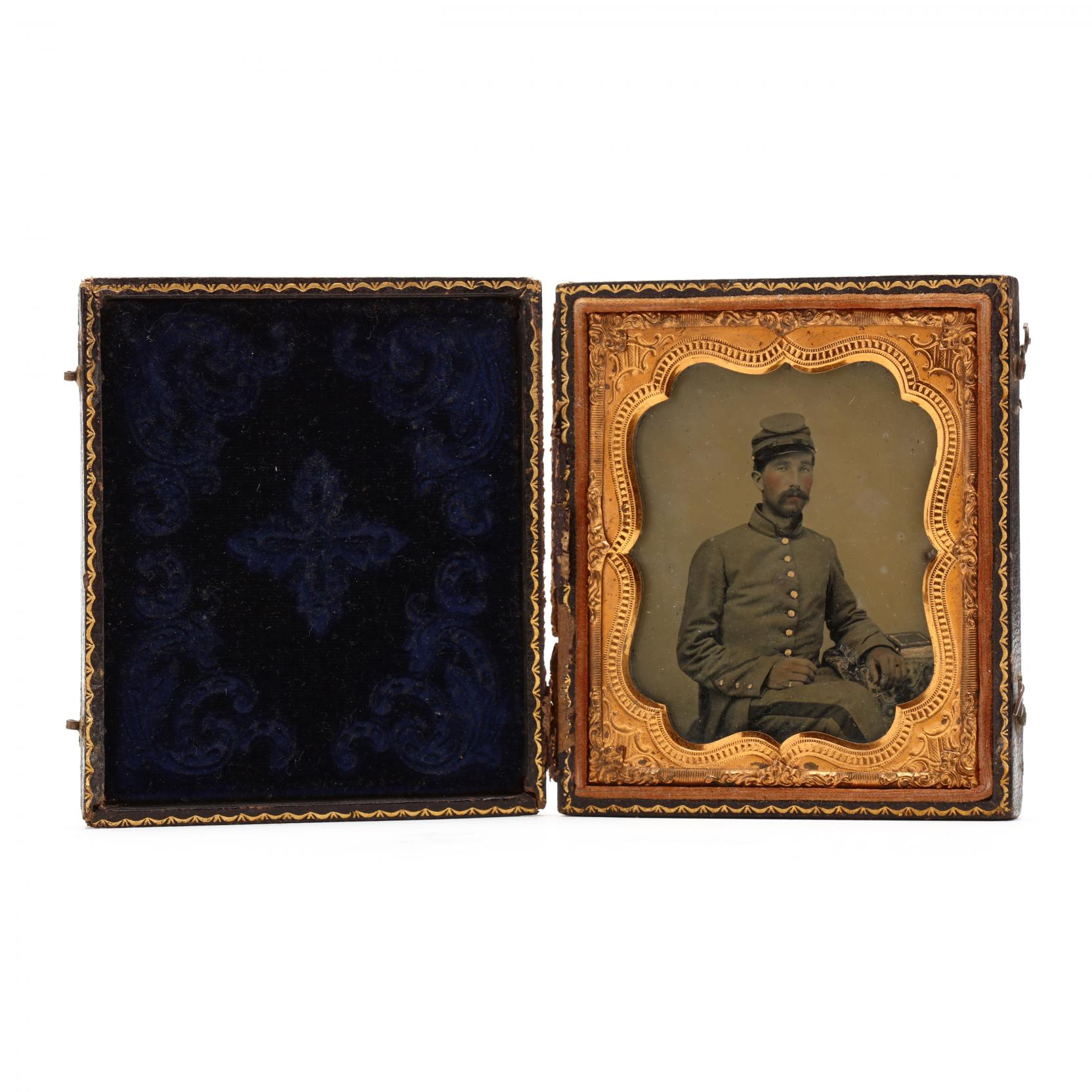 sixth-plate-ambrotype-of-a-north-carolina-confederate-enlisted-man