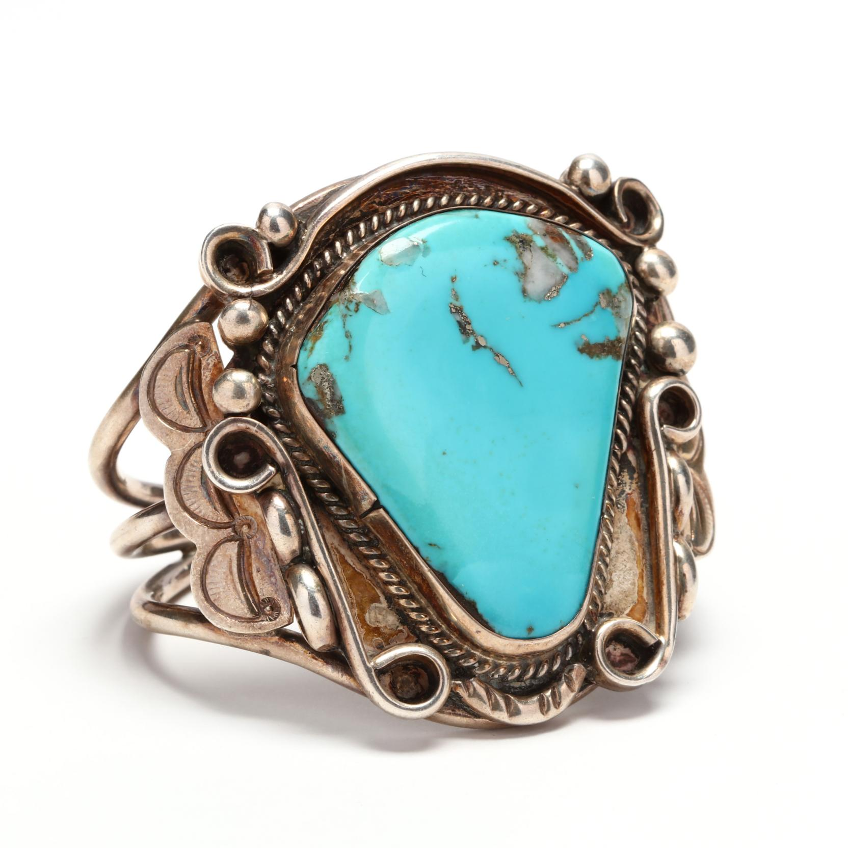wide-southwestern-silver-and-turquoise-cuff-bracelet