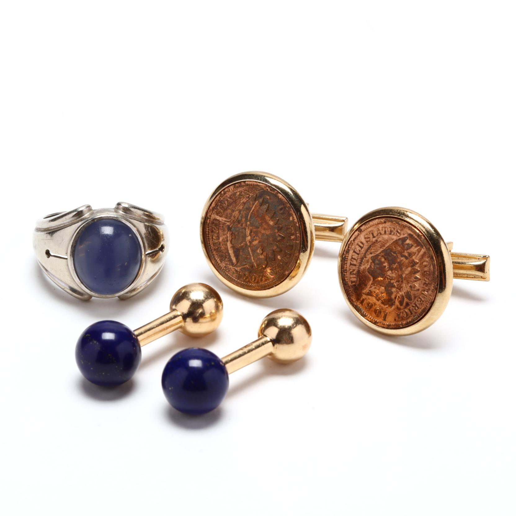 a-gent-s-vintage-quartz-ring-and-two-pairs-of-cufflinks