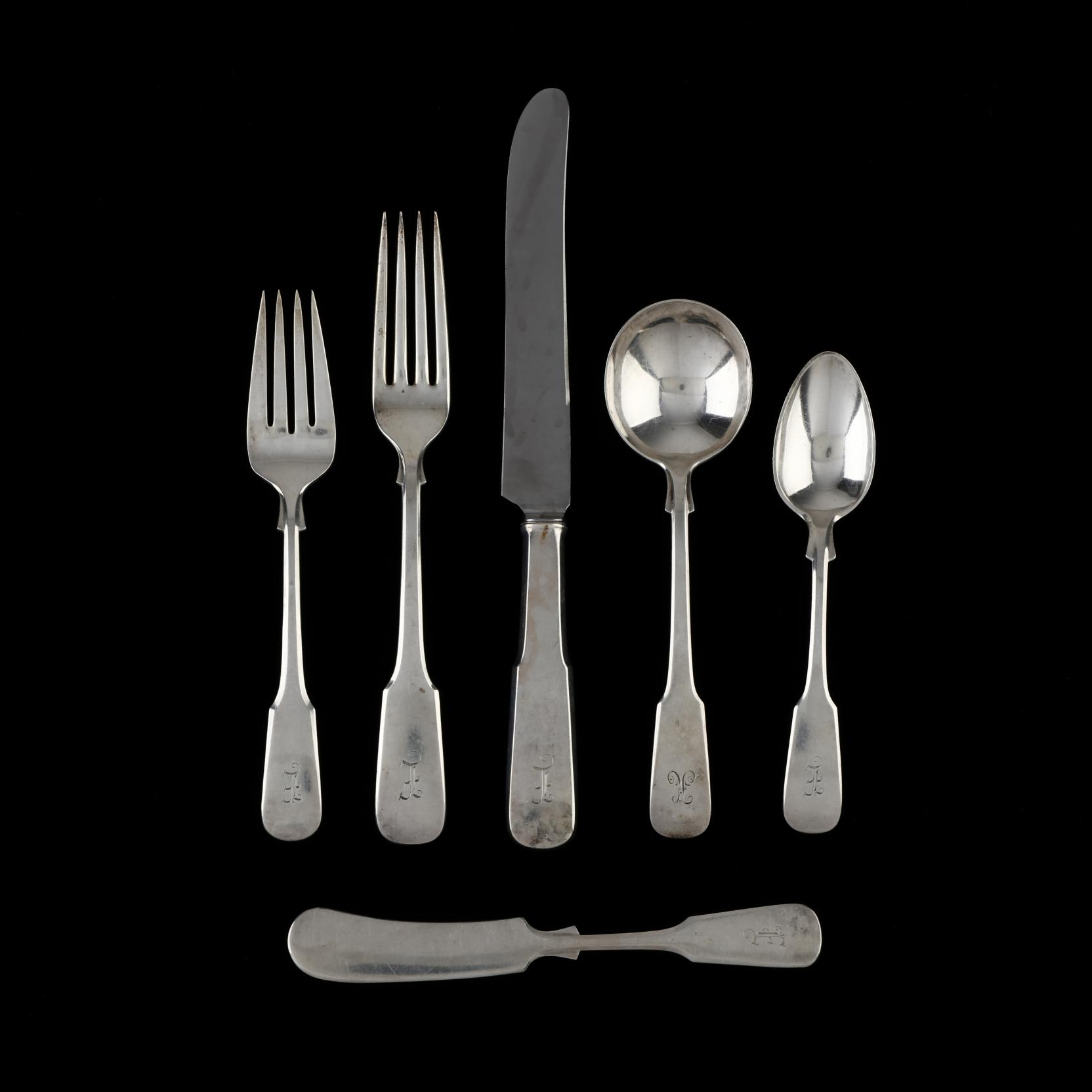 international-1810-sterling-silver-flatware-service