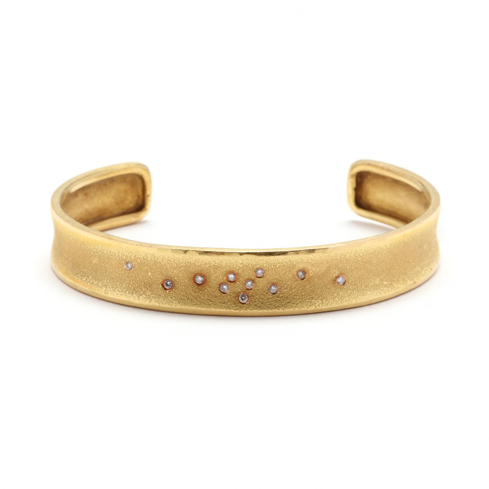 18kt-gold-and-diamond-cuff-bracelet-zolotas
