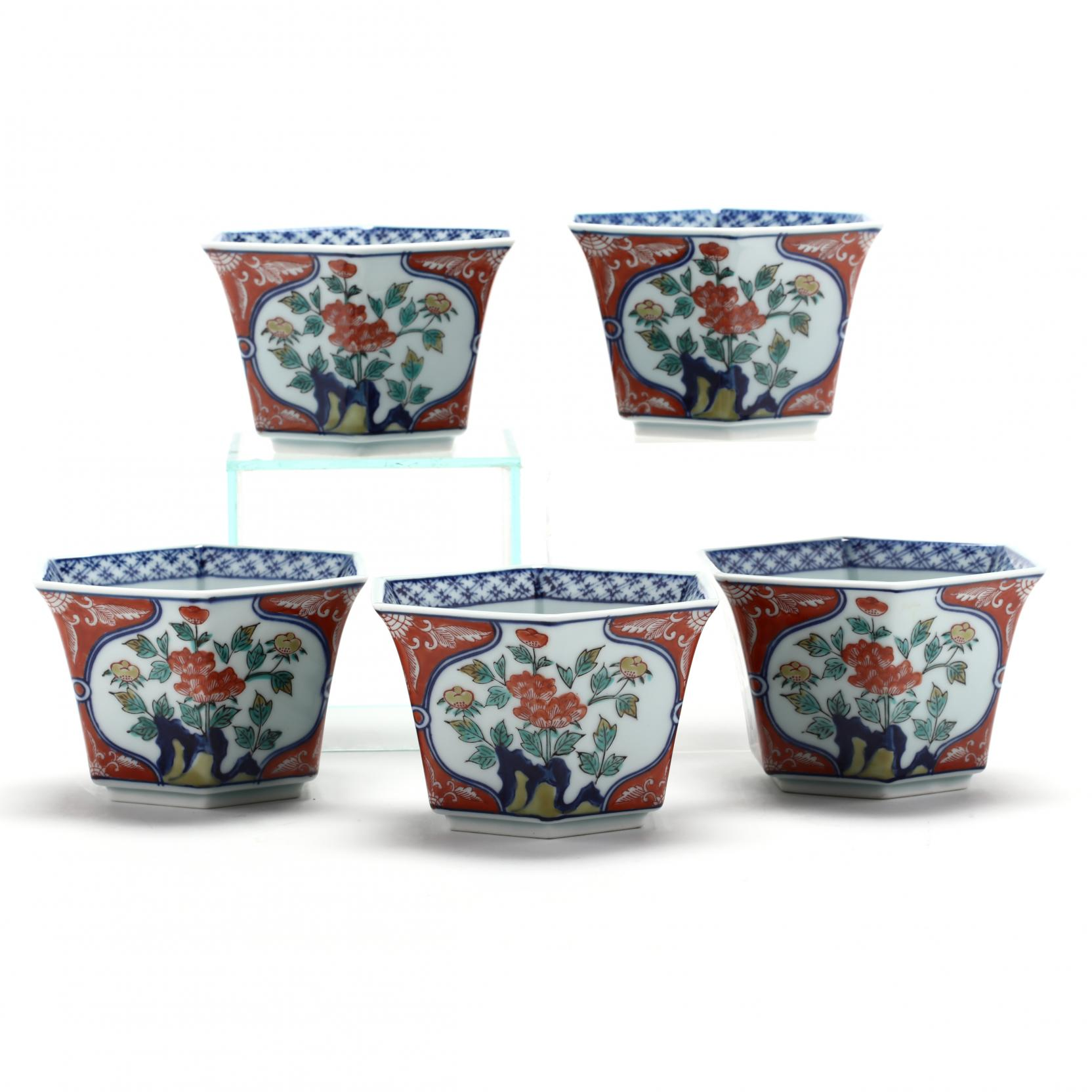a-set-of-five-japanese-hexagonal-imari-bowls