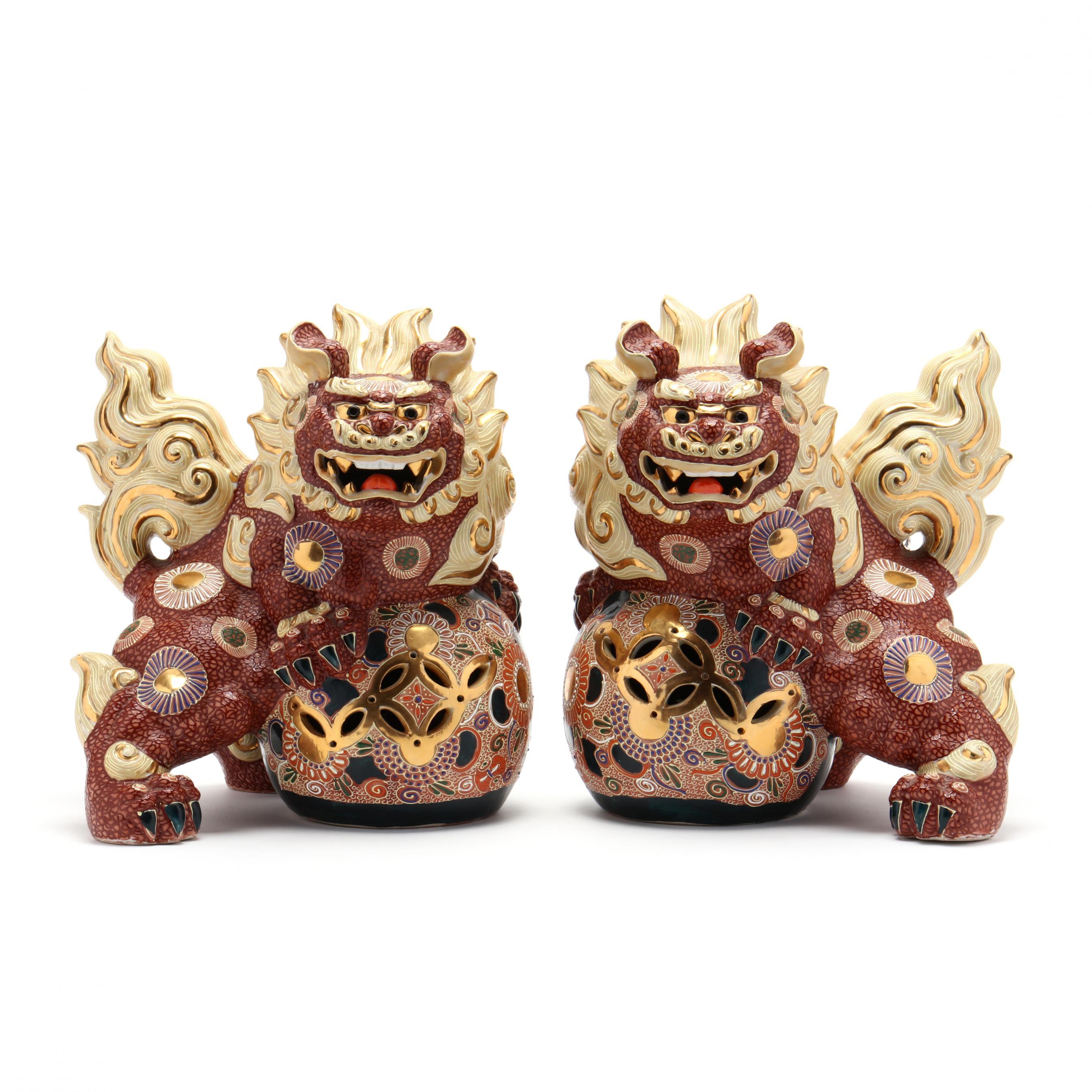 a-pair-of-japanese-kutani-satsuma-porcelain-foo-dogs