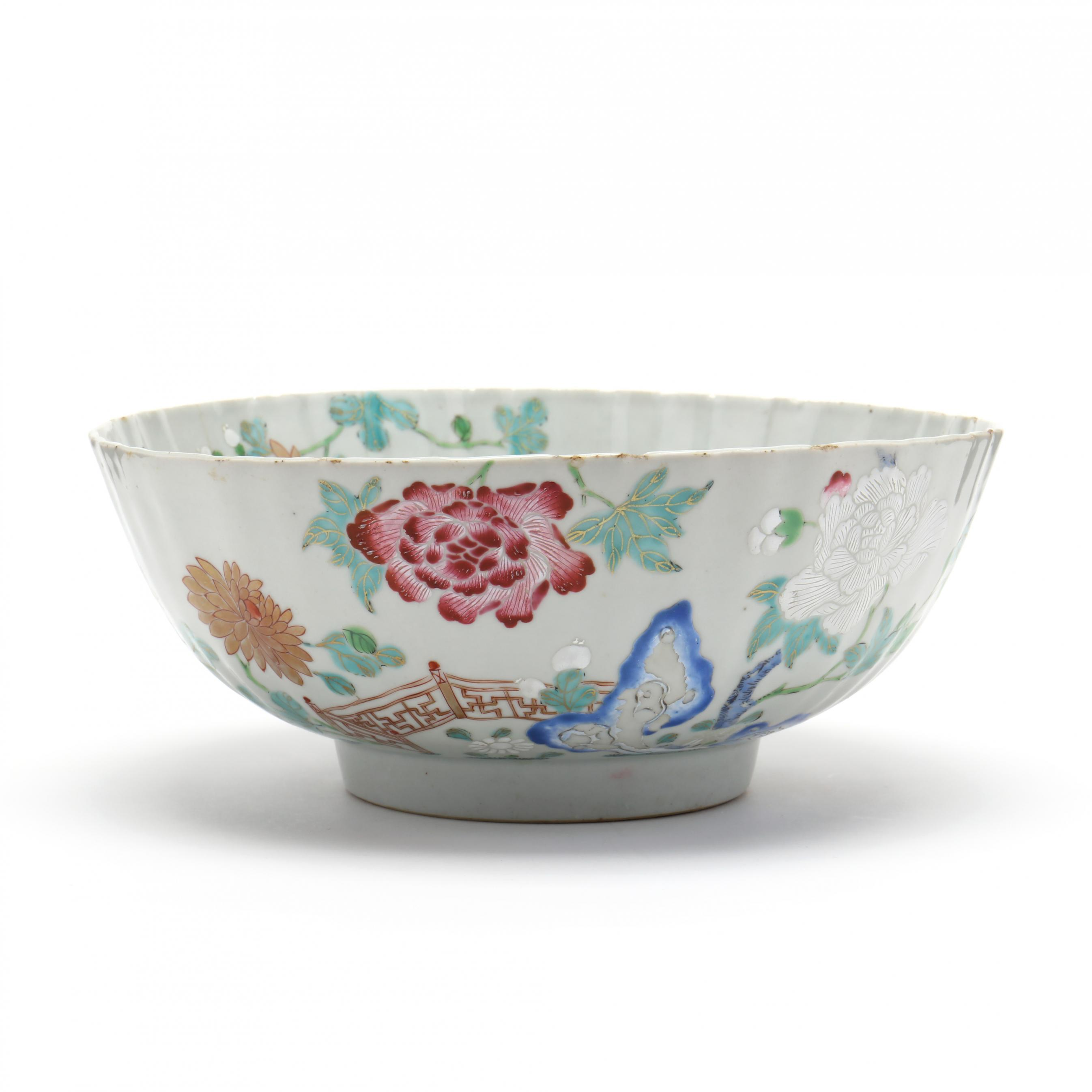 a-chinese-yongzheng-style-famille-rose-porcelain-bowl