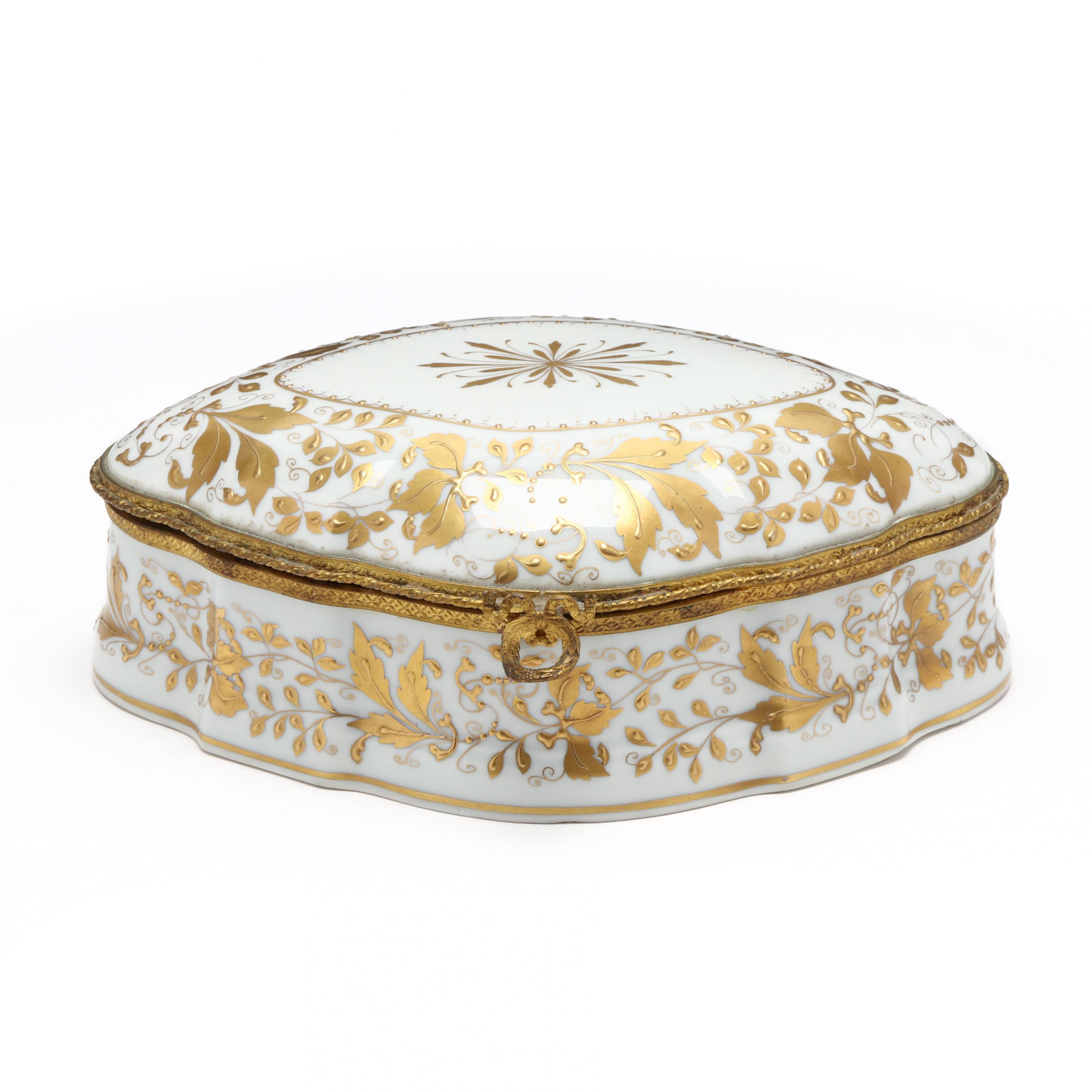 le-tallec-porcelain-dresser-box
