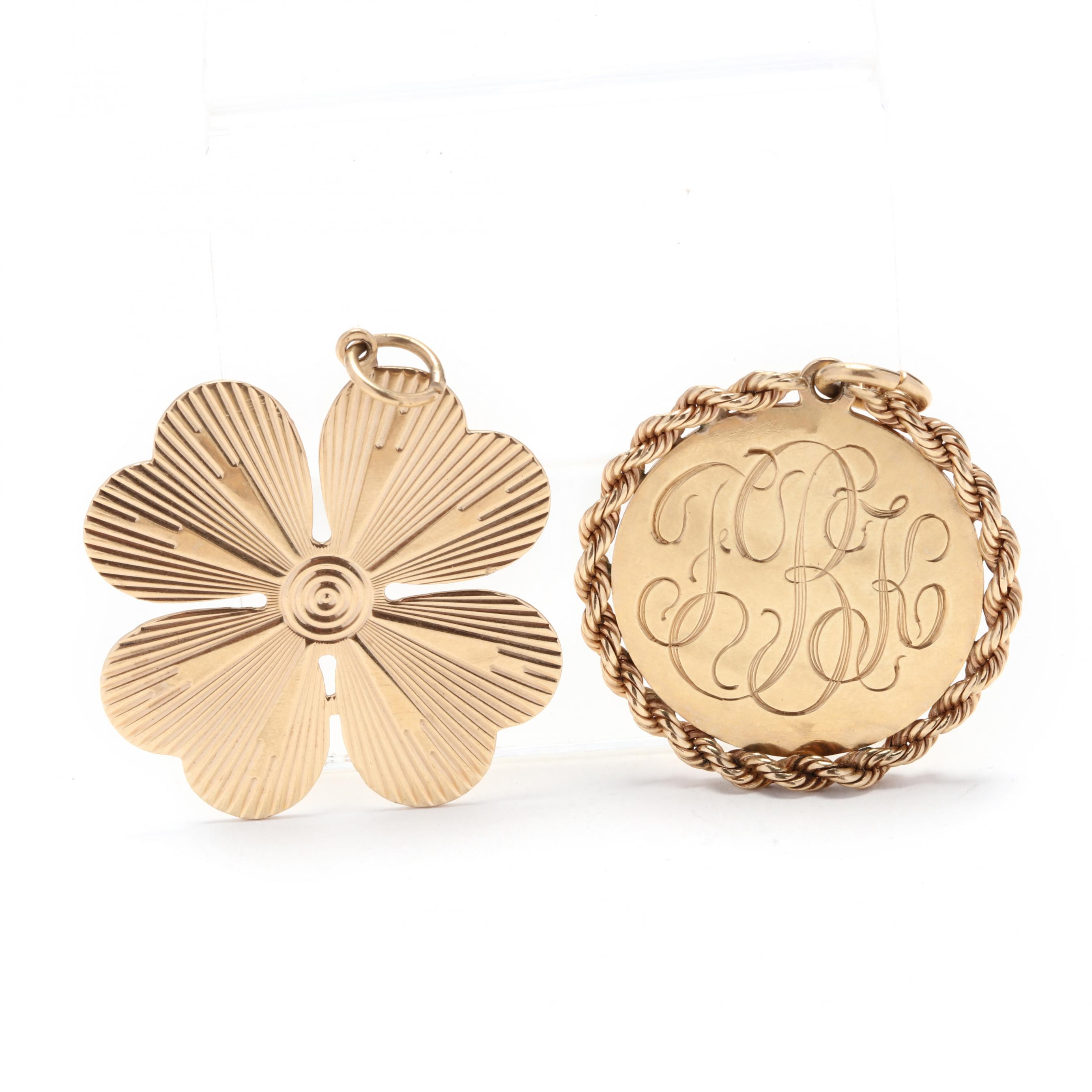 Antique Gold Charms Gold Tree of Life Charms TierraCast Bird Tree Pendant 11mm Mini Pendant Gold Jewelry Supplies Yoga Charms Woodland P1324