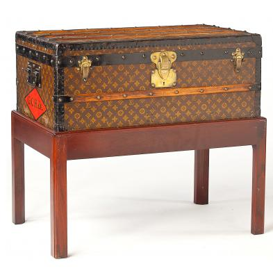 antique-steamer-trunk-louis-vuitton