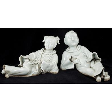 pair-of-chinese-qing-dynasty-porcelain-figures
