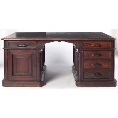 new-york-partners-desk