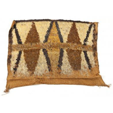 antique-feather-rug