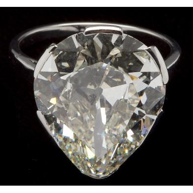 impressive-10-32-carat-platinum-and-diamond-ring