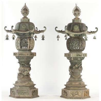 pair-of-japanese-temple-lanterns