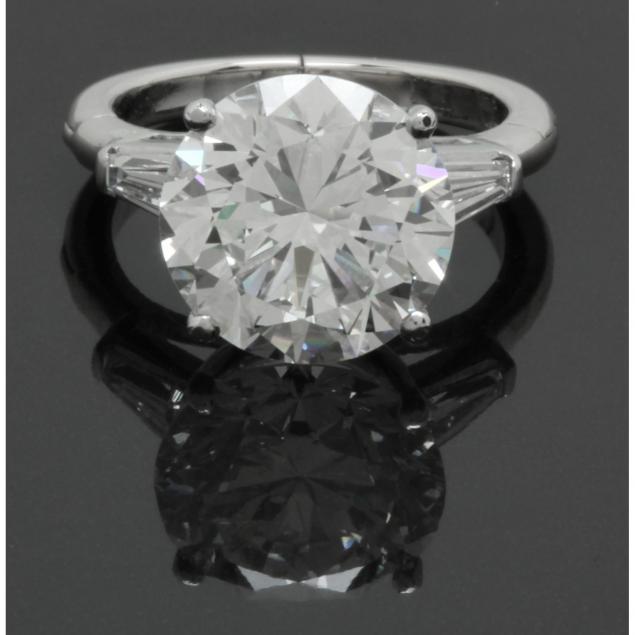 important-platinum-and-diamond-ring