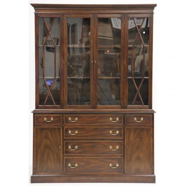 virginia-galleries-henkel-harris-lighted-china-cabinet