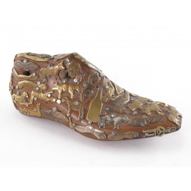 latin-american-milagro-mounted-shoe-form