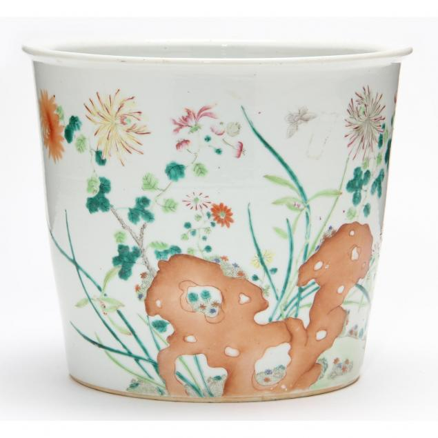 chinese-famille-rose-planter