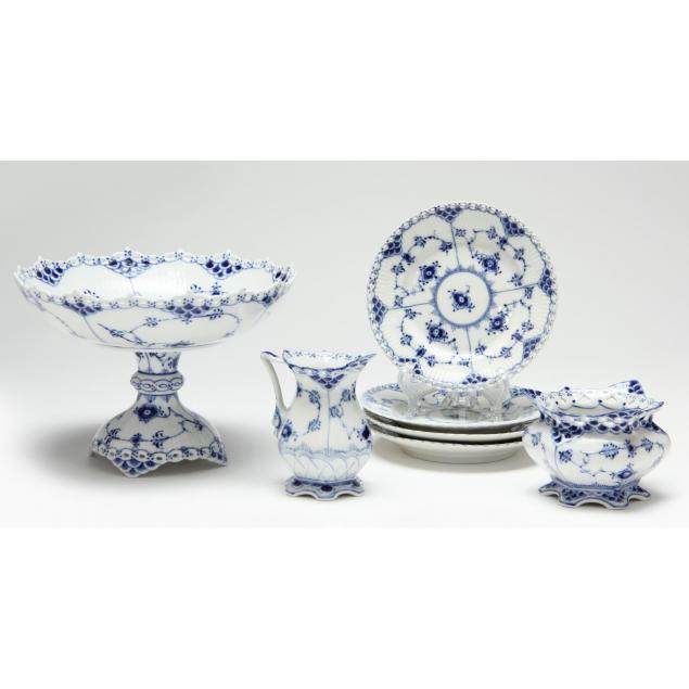 royal-copenhagen-full-lace-grouping