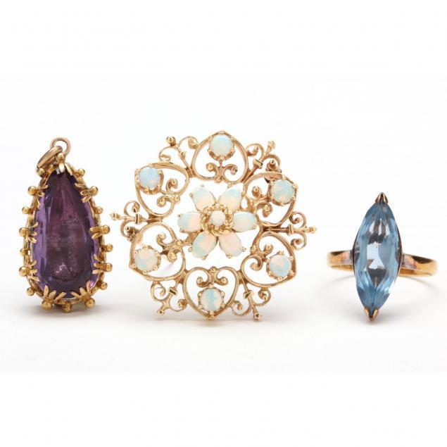 three-vintage-jewelry-items