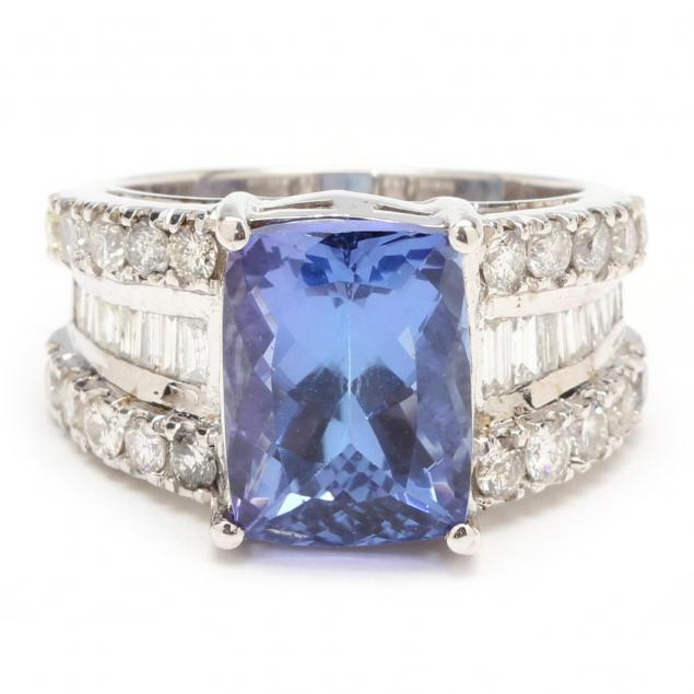 18kt-tanzanite-and-diamond-ring