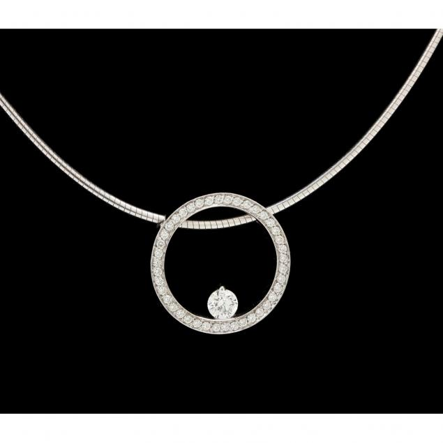 18kt-white-gold-and-diamond-necklace