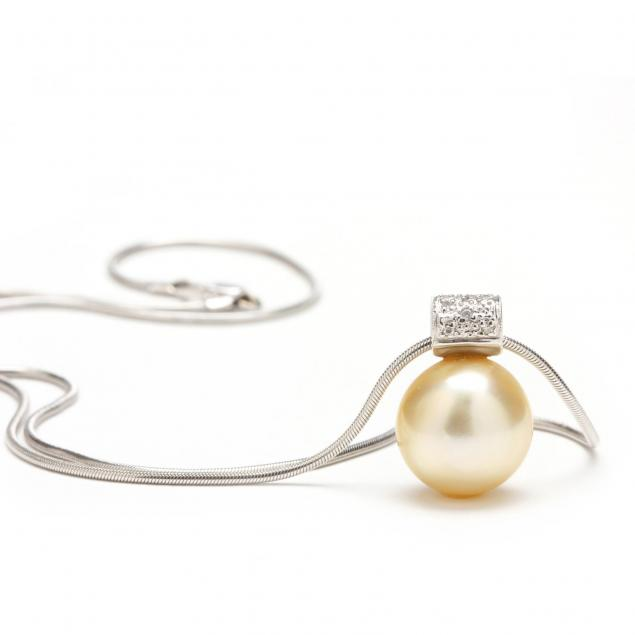 18kt-pearl-and-diamond-pendant-necklace-unoaerre