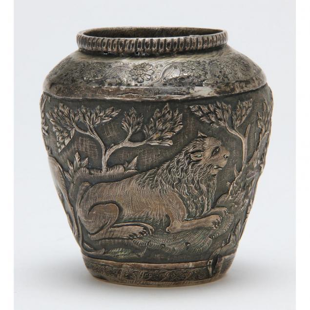 persian-silver-cabinet-vase