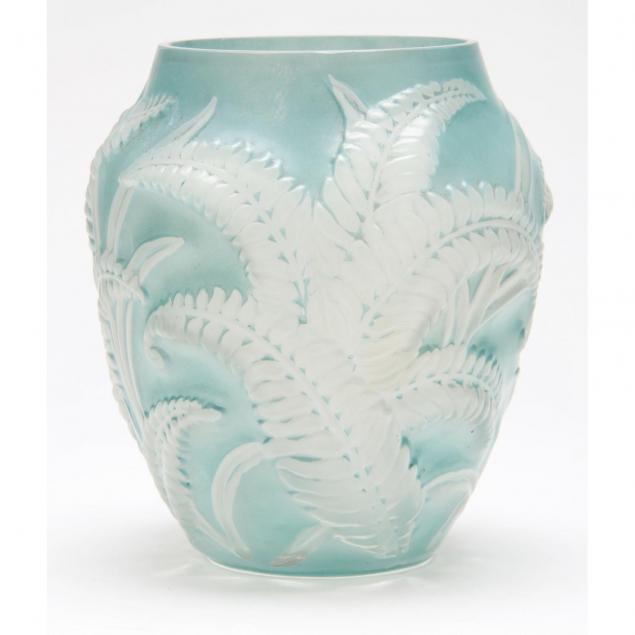 phoenix-glass-art-deco-fern-vase
