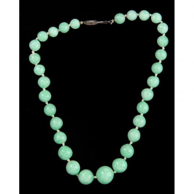 mottled-green-bead-necklace