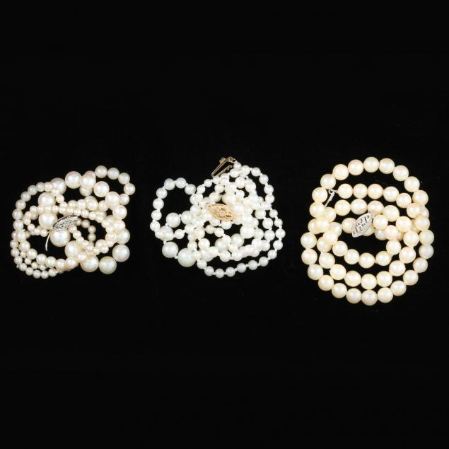 three-pearl-necklaces